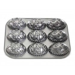Molde Decorated Egg Bundt de Nordic Ware