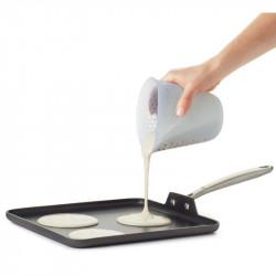 Vaso medidor OXO de silicona