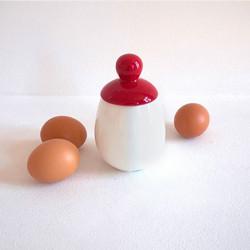 Escalfador de ovos em porcelana ÄGGCØDDLER