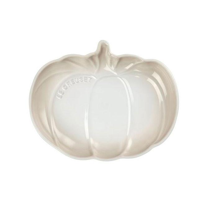 Plato calabaza color merengue Le Creuset
